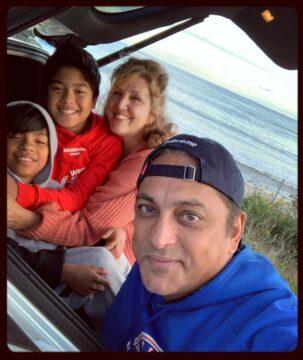سیاوش شمس و خانواده اش